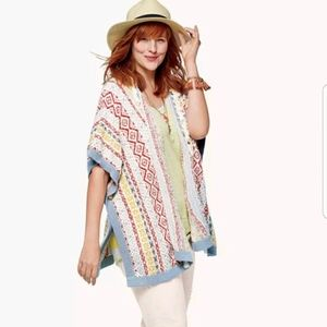 CAbi Siesta Poncho Love Carol Collection